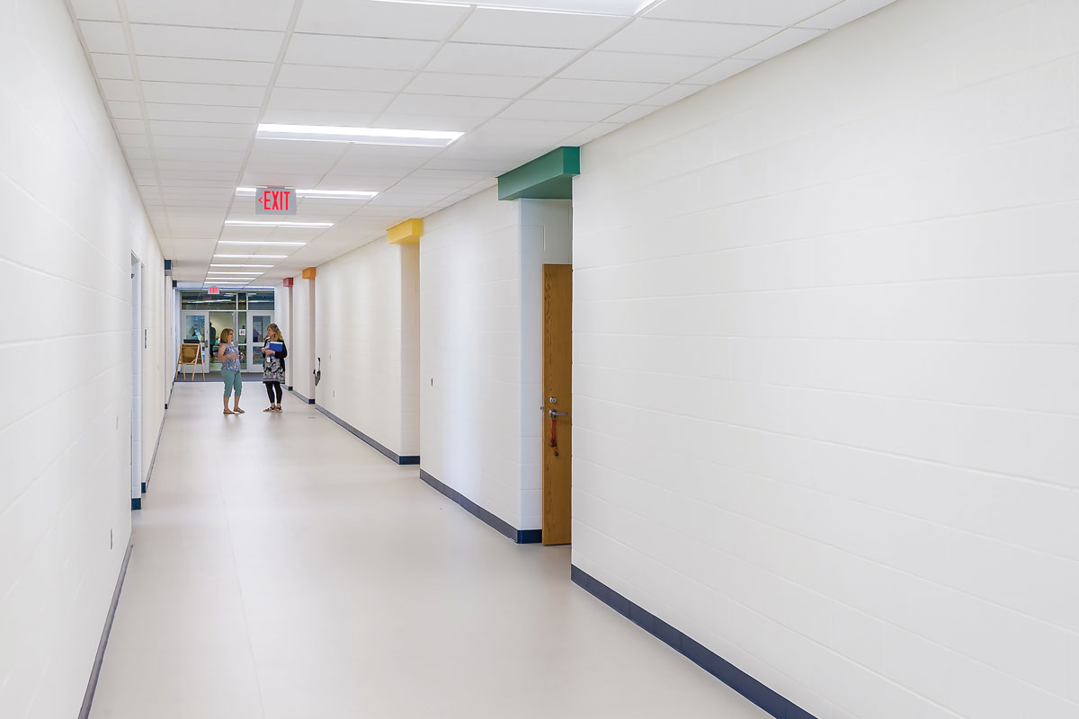 Rose Hill Middle School – Corridor
