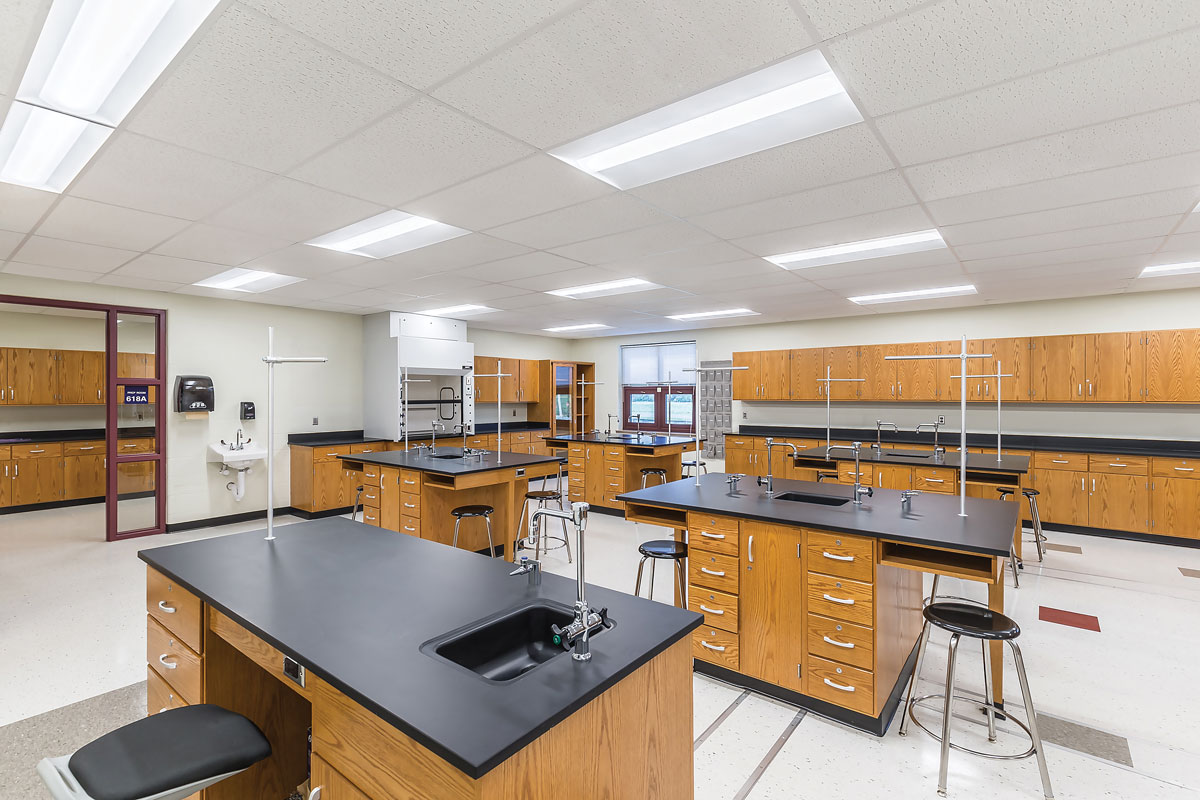 Rose Hill Middle School – Lab Classroom