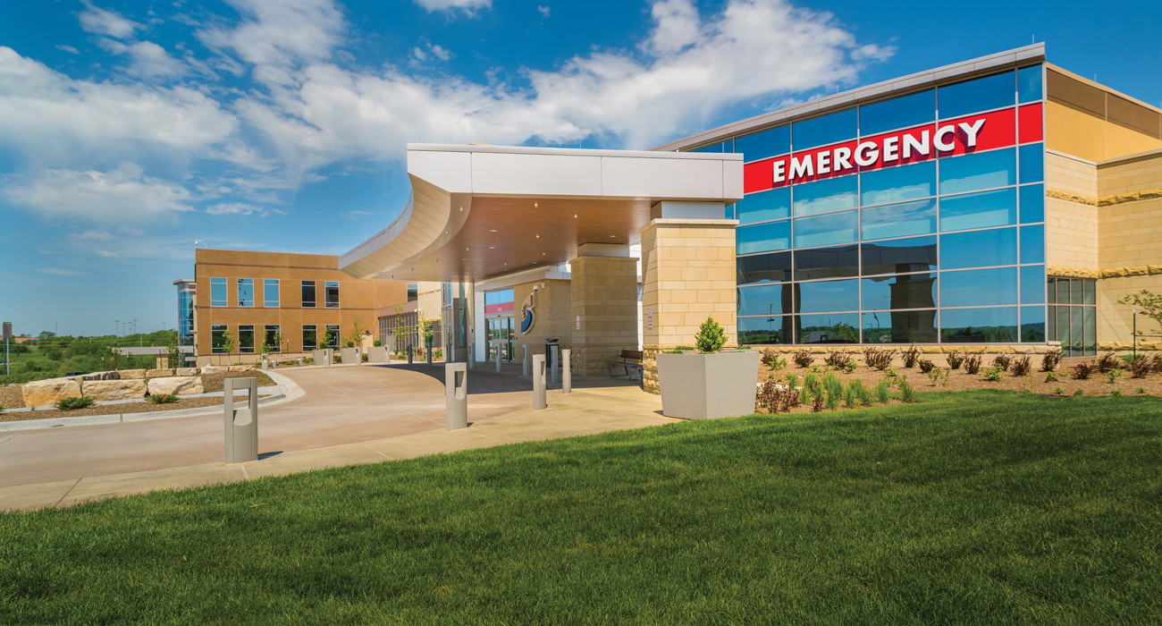 Shawnee Mission Health – Exterior